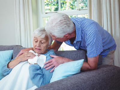 Cuidado de mayores con gripe